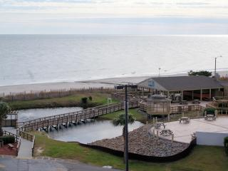 Myrtle Beach 2 Beddroom Condo with Spectacular Ocean View - Myrtle Beach vacation rentals