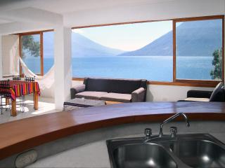 Organic Architecture- Lake Front- Family Couples - San Marcos La Laguna vacation rentals