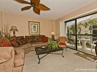 Ocean Village R22, Elevator HDTV, Wifi in Unit, Near Pool - Florida North Atlantic Coast vacation rentals