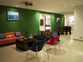 2 Bdr, Ocean View, Beach Access, Modern Home - Manuel Antonio National Park vacation rentals