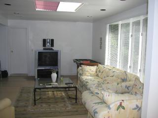 East Hampton/Clearwater Beach 4 Bd/Priv Beach/Pool - East Hampton vacation rentals