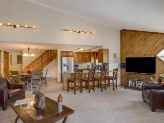2 Bedroom, 2 Bathroom House in Breckenridge  (11F) - Breckenridge vacation rentals