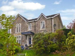 NEWTON HOUSE, family friendly, character holiday cottage, with a garden in Dunoon, Ref 11545 - Colintraive vacation rentals