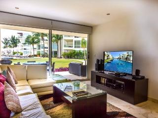 Garden House 10 - Upscale and Modern 2 bedroom at The Elements - Playa del Carmen vacation rentals
