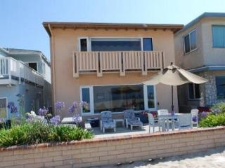 Best Oceanfront Deal in Newport Beach! Huge Patio! Beautiful Views! (68268) - Newport Beach vacation rentals