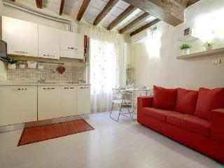 Holiday Rental at Appartamento Mughetto in Florence - Florence vacation rentals