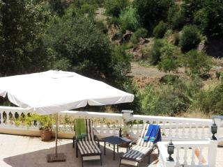 Perfect Villa with Internet Access and A/C - Valor vacation rentals