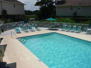 Cozy 3 Bedroom Ocean Green Cottage in a Convenient Location at Myrtle Beach SC - Myrtle Beach vacation rentals