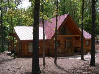 Hawk Hollow - Branson vacation rentals