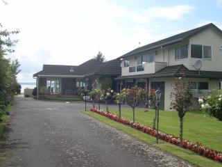 Lovely 2 bedroom Condo in Rotorua - Rotorua vacation rentals