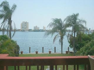 Stunning Northlake Views 5/3 Heated Pool for 16 923 - Hollywood vacation rentals