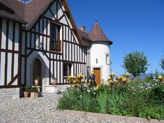 Bed and Breakfast near seaside resort Deauville - Canapville vacation rentals