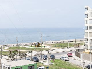 New Apt. w/Sea View 3BD 10min Airport.Unbeatable! - Peru vacation rentals