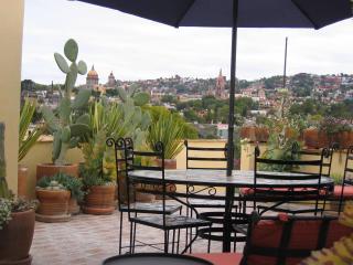 Casa de Mira - 3 BR, 2 terrace casa w/ elevator - San Miguel de Allende vacation rentals