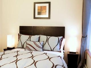 #5W - Spacious & in the Heart of Hell's Kitchen! - New York City vacation rentals