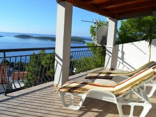 APART. ANTONIJA -LARGE TERRACE -   BEAUTIFUL VIEW TO THE SEA -DISCOUNT APRIL-MAY - Hvar vacation rentals