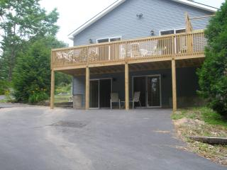 17 BR, Hot Tub, Snowmobiling/Skiing, Water View - Lake George vacation rentals