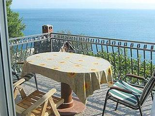 Super Horizont Apartments Ivic -Stobrec - Split vacation rentals