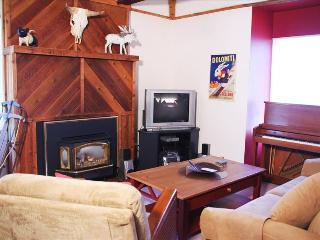 Hidden Creek 9A2: One of our Most Affordable Vacation Rentals Keeps You Under Budget and close to the Canyons Ski Resort - Park City vacation rentals