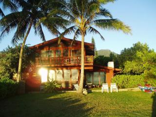 Lovely House with Internet Access and Dishwasher - Waimanalo vacation rentals