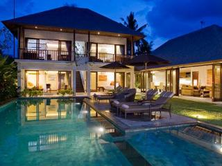 Villa Kula   5* Bali Villa   Close to Seminyak - Seminyak vacation rentals