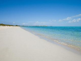 Comfortable 2 bedroom House in Providenciales with Deck - Providenciales vacation rentals