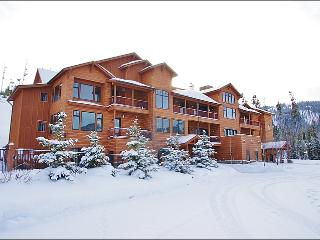 Great Location with Fantastic Views - High Quality Finishes & Furniture Throughout (1060) - Big Sky vacation rentals