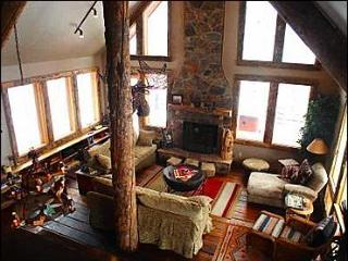 Stunning Home on a Secluded Mountain - Intimate Layout With Contemporary Conveniences (1002) - Crested Butte vacation rentals