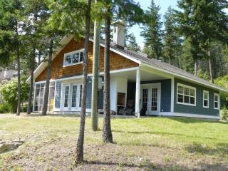 Lake View Cottage with Boatslip on Adams Lake - Chase vacation rentals
