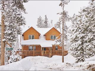 Classic Log Home in the Mountains - Huge Kitchen, Vaulted Ceilings, Spacious Feel (15085) - Tabernash vacation rentals