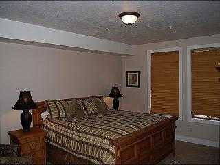 Incredible Mountain Views - Charming, Cozy Condo (24683) - Park City vacation rentals