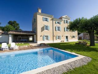 Authentic istrian Stanzia Cocci -privacy&luxury - Zambratija vacation rentals