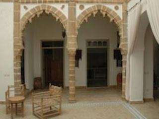 Central Courtyard - The Brazilian Consulate - Charming Medina Riad - Essaouira - rentals