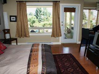 Amata Guest Retreat - Gulf Islands vacation rentals