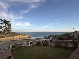 Sunny Cove Retreat: 4BR on the Beach in Santa Cruz - Santa Cruz vacation rentals