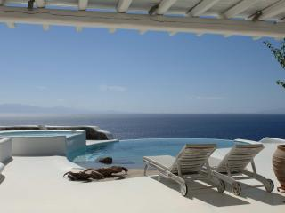 SUPER Villa Turquoise Aleomandra Mykonos Retreat - Mykonos vacation rentals