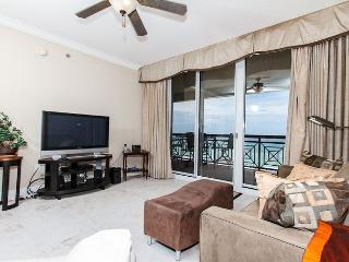 AZ504:SLEEPS 10! 5th floor, FREE BEACH SVC *UPDATES IN 2017* - Fort Walton Beach vacation rentals