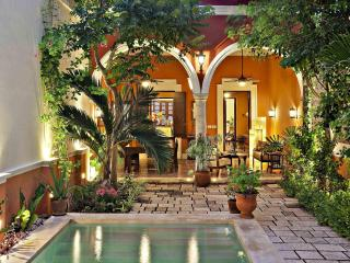 Luxury 3 Bedroom Colonial in Santa Ana, Centro - Merida vacation rentals