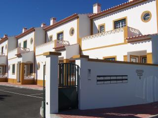 2 Bedroom House 2km from beach Longueira, Portugal - Centro Region vacation rentals