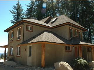 The Whale Song - Sooke vacation rentals