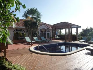 Perfect 5 To 7 Bedroom Villa With Pool In West Bay - West Bay vacation rentals