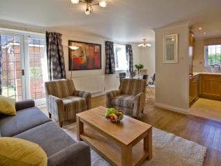 Perfect Apartment with Satellite Or Cable TV and Outdoor Dining Area in Marlow - Marlow vacation rentals