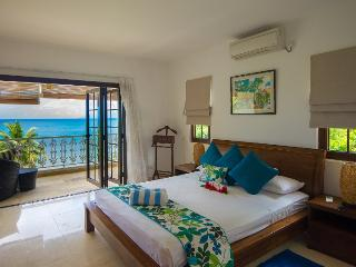 Elegant 3 bedroom beachfront self-catering duplex - Glacis vacation rentals