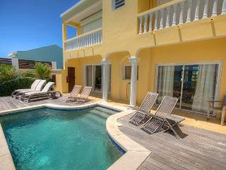 Villa Tara at Beacon Hill, Saint Maarten - Oceanfront & Pool - Simpson Bay vacation rentals