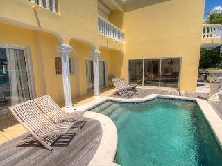 Villa Tara - Ideal for Couples and Families, Beautiful Pool and Beach - Beacon Hill vacation rentals