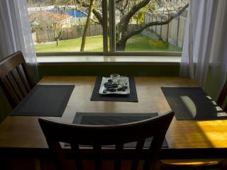 Bright Studio by the Ocean - Nanaimo vacation rentals