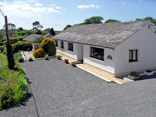 BADGERS BROOK, pet friendly, country holiday cottage, with a garden in Narberth, Ref 13470 - Narberth vacation rentals
