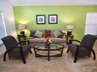 S4P1010SC 4 Bedroom Solana Pool Home Elegantly Furnished - Davenport vacation rentals
