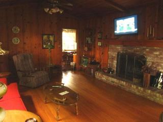 3 Bedroom Private Napa Valley Hideaway, Napa, CA - Napa vacation rentals