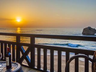 Unwind in your Biarritz Oceanfront Luxury 3BR Apt - Tarnos vacation rentals